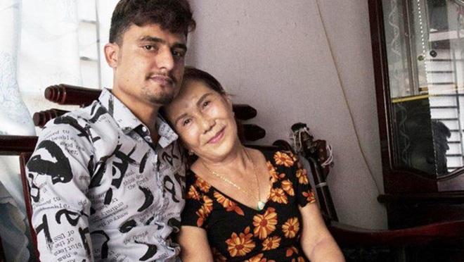 Chồng ngoại quốc của cô dâu 65 tuổi bị tố nhiều lần đánh vợ, dạy người khác tát vợ nếu không nghe lời? - ảnh 3