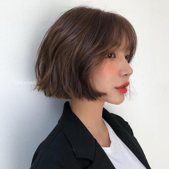 6 kiểu tóc ngắn giúp mặt nhỏ gọn như tiêm botox, các hairstylist Hàn khuyên bạn năm nay nên thử một lần - ảnh 12