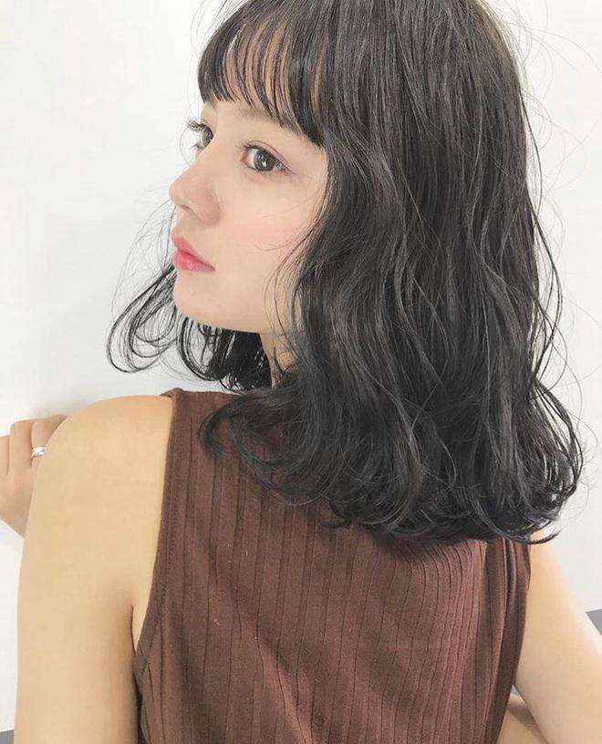 6 kiểu tóc ngắn giúp mặt nhỏ gọn như tiêm botox, các hairstylist Hàn khuyên bạn năm nay nên thử một lần - ảnh 4