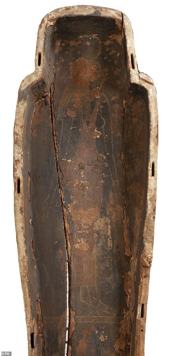 Đưa xác ướp 3.000 năm tuổi của công chúa Ai Cập ra khỏi quan tài, phát hiện bức chân dung bí ẩn cùng hàng loạt câu hỏi chưa có lời giải đáp - ảnh 2