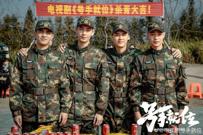 Phim mới của Lý Dịch Phong - Tống Uy Long tung trailer ngầu bá cháy, vui mắt nhất là mái đầu húi cua mát mẻ của anh Phong! - ảnh 11