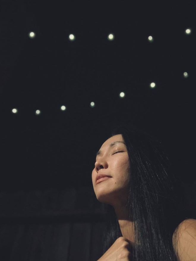 Kim Hiền tiết lộ hành động đặc biệt của con trai sau khi bà ngoại qua đời, một chi tiết thôi cũng khiến cô nghẹn ngào - ảnh 4