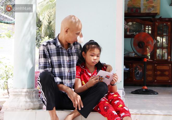 Bước đường cùng của người cha bị ung thư hốc mũi ôm 2 đứa con thơ dại: Con sợ cha chết, không sống cùng tụi con nữa - ảnh 3