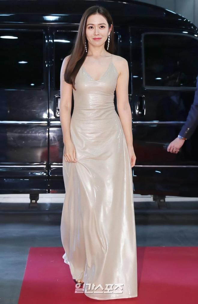 Khi sao nữ Hàn bị thời gian bỏ quên: Mợ chảnh và Song Hye Kyo lên hương, trùm cuối đích thị là Goo Hye Sun - Son Ye Jin - ảnh 32