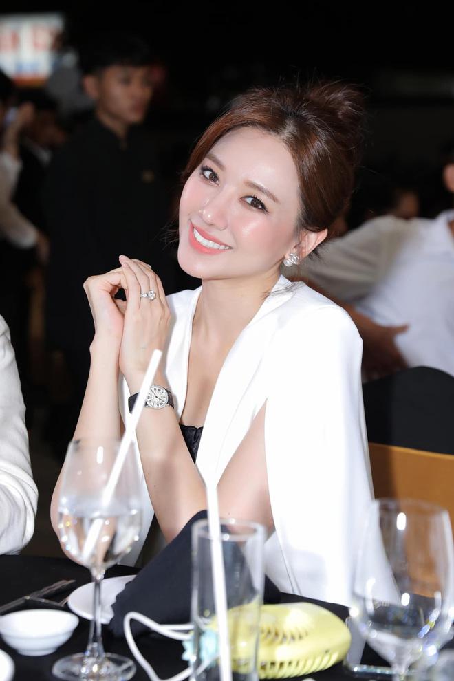 Hari Won đích thị là sao nữ có cân nặng trồi sụt nhất showbiz, lâu ngày nhìn lại thấy body thon gọn bất ngờ - ảnh 8