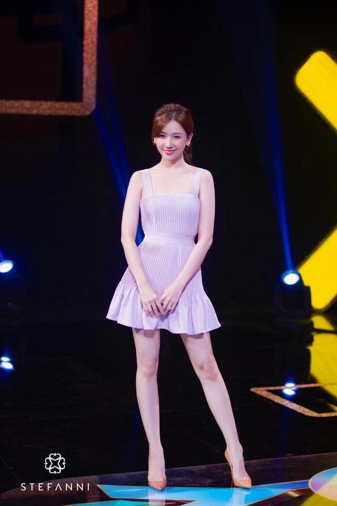 Hari Won đích thị là sao nữ có cân nặng trồi sụt nhất showbiz, lâu ngày nhìn lại thấy body thon gọn bất ngờ - ảnh 3