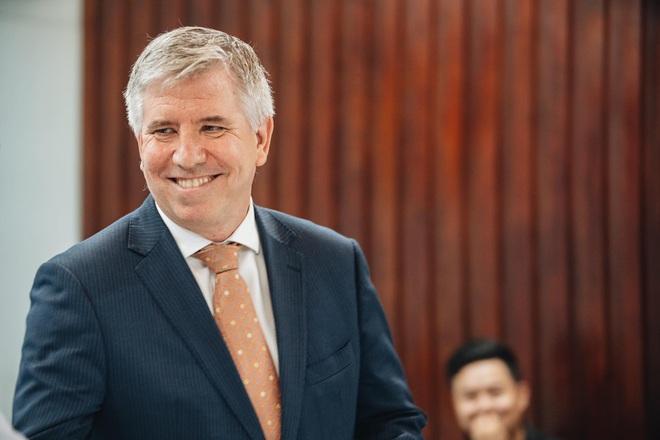 Tổng lãnh sự Anh: Xin cảm ơn từ tận đáy lòng, tôi vô cùng ấn tượng với nỗ lực hết mình của Việt Nam, quốc gia chưa có người tử vong vì Covid-19 - ảnh 4