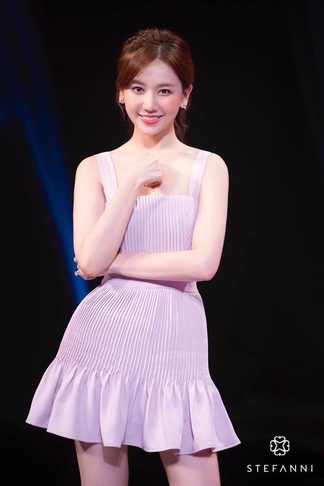 Hari Won đích thị là sao nữ có cân nặng trồi sụt nhất showbiz, lâu ngày nhìn lại thấy body thon gọn bất ngờ - ảnh 2