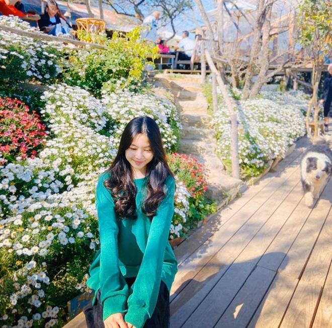 Lọ Lem - con gái lớn nhà MC Quyền Linh chứng minh: Có một vẻ đẹp cam thường không hại được, xài app để cho vui - ảnh 6