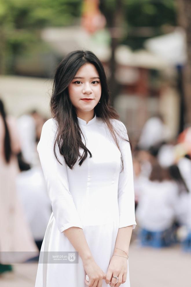 Xuất hiện ngôi trường đánh bại Phan Đình Phùng, Ams, Chu Văn An... vì dàn nữ sinh quá xuất sắc trong lễ bế giảng 2020 - Ảnh 7.