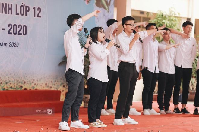 Xuất hiện ngôi trường đánh bại Phan Đình Phùng, Ams, Chu Văn An... vì dàn nữ sinh quá xuất sắc trong lễ bế giảng 2020 - Ảnh 17.