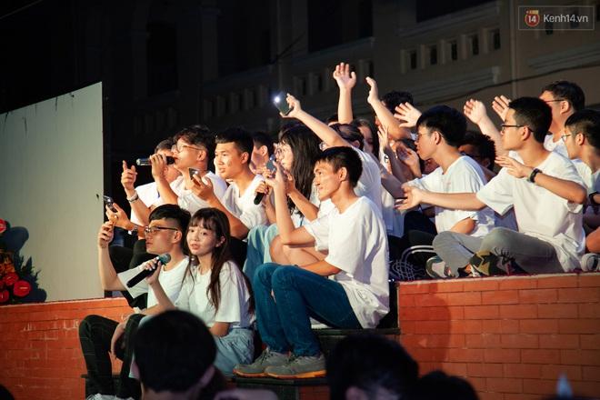 Lễ trưởng thành của lò đào tạo sao Việt tại TP. HCM: Chất lừ và đong đầy cảm xúc - ảnh 13
