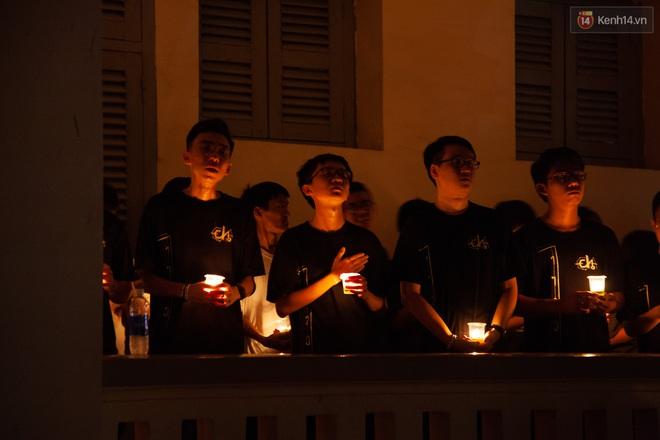 Lễ trưởng thành của lò đào tạo sao Việt tại TP. HCM: Chất lừ và đong đầy cảm xúc - ảnh 15