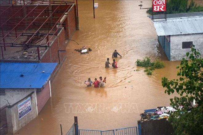 Lũ lụt, lở đất làm hơn 40 người chết ở Nepal - ảnh 1