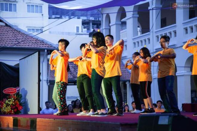 Lễ trưởng thành của lò đào tạo sao Việt tại TP. HCM: Chất lừ và đong đầy cảm xúc - ảnh 6