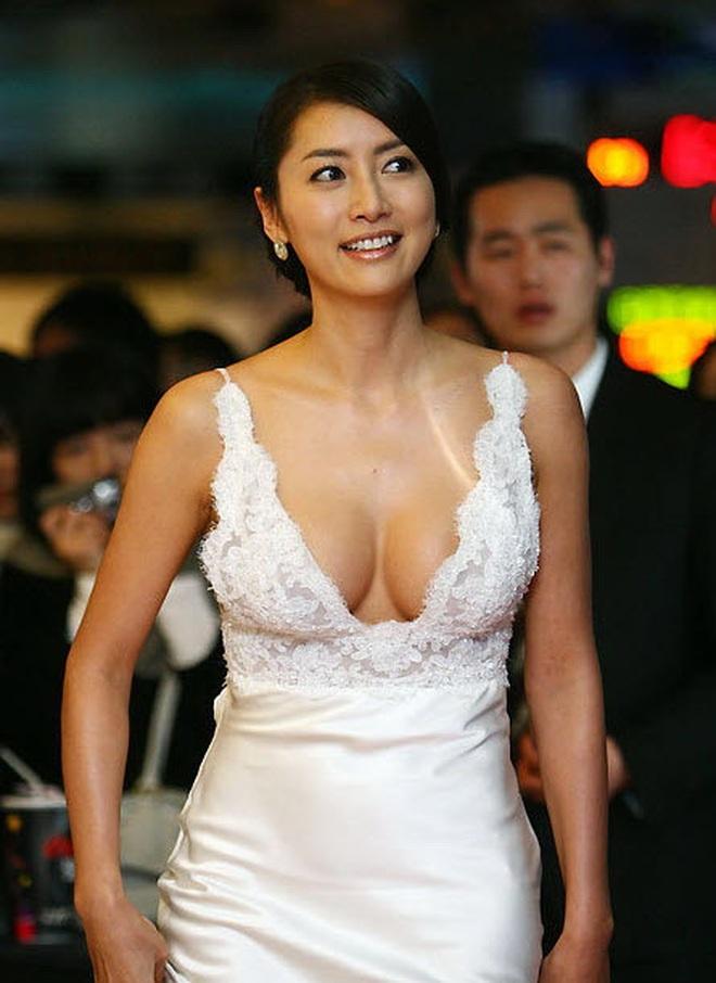 Kết cục Hoa hậu, Á hậu Hàn dính bê bối bán dâm: Tuột dốc vì tình cũ tố phục vụ 7 người/đêm, nhận gạch khi cố trở lại Kbiz - ảnh 2