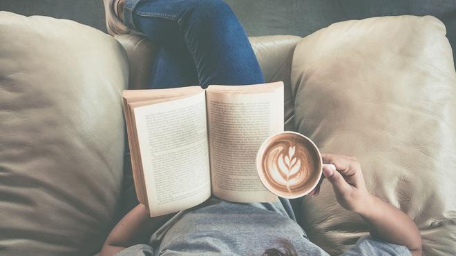 Đọc nhiều không bằng đọc 'chất lượng': Quan trọng là sau khi gấp sách bạn 'ngấm được gì', đừng lãng phí thời gian chỉ vì mọi người cho là nó đáng đọc - ảnh 2