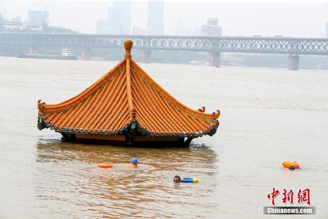 Trung Quốc nâng mức cảnh báo phòng lũ lụt lên nghiêm trọng - ảnh 2