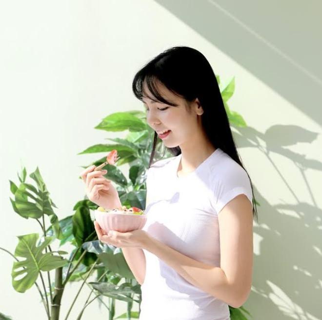 Từ 70kg xuống 50kg, cô gái Hàn chia sẻ 3 bí quyết giảm cân và 4 bài tập giúp thân dưới thanh mảnh - ảnh 8
