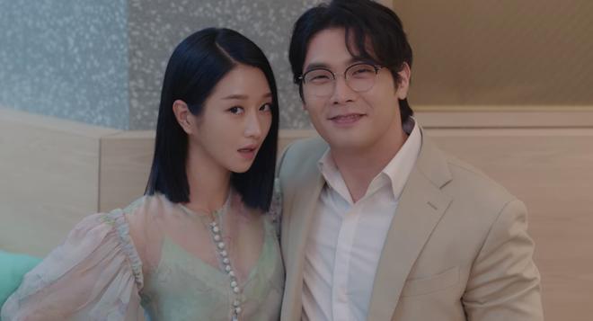 Kim Soo Hyun ghen nổ đom đóm mắt ở Điên Thì Có Sao nhưng lý do lại giống với đại úy Hyun Bin thế nhỉ? - ảnh 6
