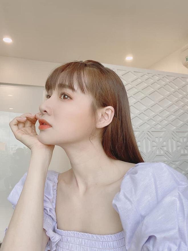 Liên tục than béo dù vẫn lộ body gầy trơ xương, Nhã Phương bị netizen phản ứng kịch liệt - Ảnh 2.