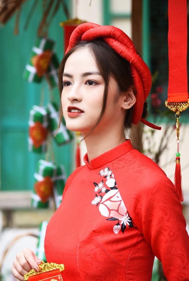 Đọ sắc 2 ứng viên Hoa hậu Việt Nam 2020: Là Hoa khôi và Á khôi của ĐH nổi tiếng, thần thái không hề trộn lẫn - ảnh 9