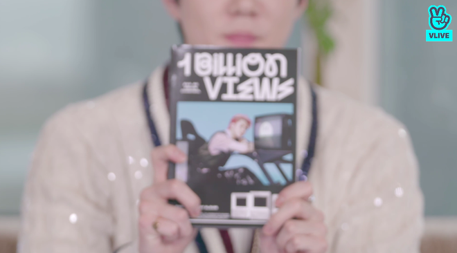 EXO-SC trở lại với MV 1 Billion Views, leak trọn album trong showcase và kể về thời bộ đôi Chanyeol - Sehun lúc chưa thân thiết với nhau - ảnh 9
