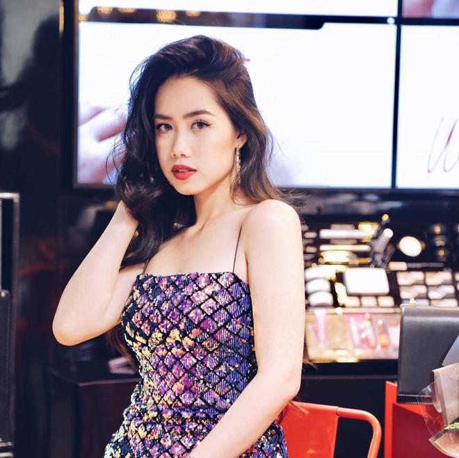 Profile khủng của nữ chính tập 11 Người ấy là ai: Từng sống ở Nga, du học tại Úc, hot beauty blogger đạt nút bạc Youtube - Ảnh 6.