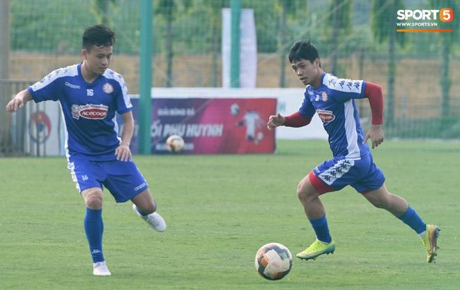 Công Phượng thể hiện kỹ năng lên bóng đỉnh như Ronaldinho - ảnh 7