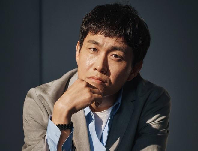 Anh trai Kim Soo Hyun trong Điên Thì Có Sao ngoài đời mắc bệnh mù hiếm, chỉ 2% dân số thế giới gặp phải - ảnh 4