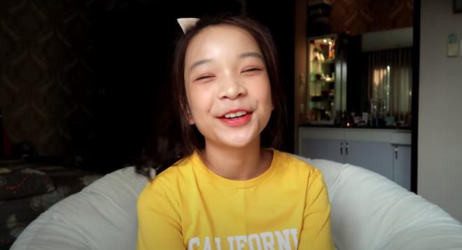 Nữ sinh 2k7 làm YouTube từ khi học cấp 1, kiếm được tiền để vui chơi mua sắm thoải mái - Ảnh 5.