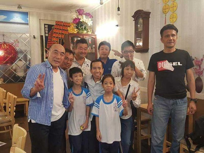 Nhìn lại ca phẫu thuật tách cặp song sinh Việt - Đức 32 năm trước: Ca mổ đi vào lịch sử y học Việt Nam - ảnh 14