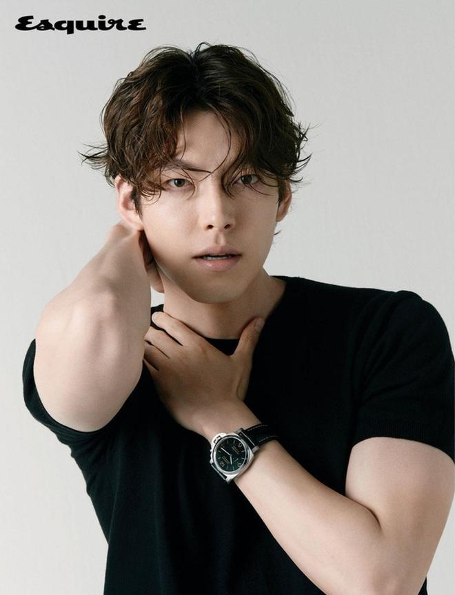 Tiệc sinh nhật Kim Woo Bin: Để mặt mộc, chẳng lên đồ vẫn bảnh, đón ngày vui ở mái nhà chung với Shin Min Ah - ảnh 6