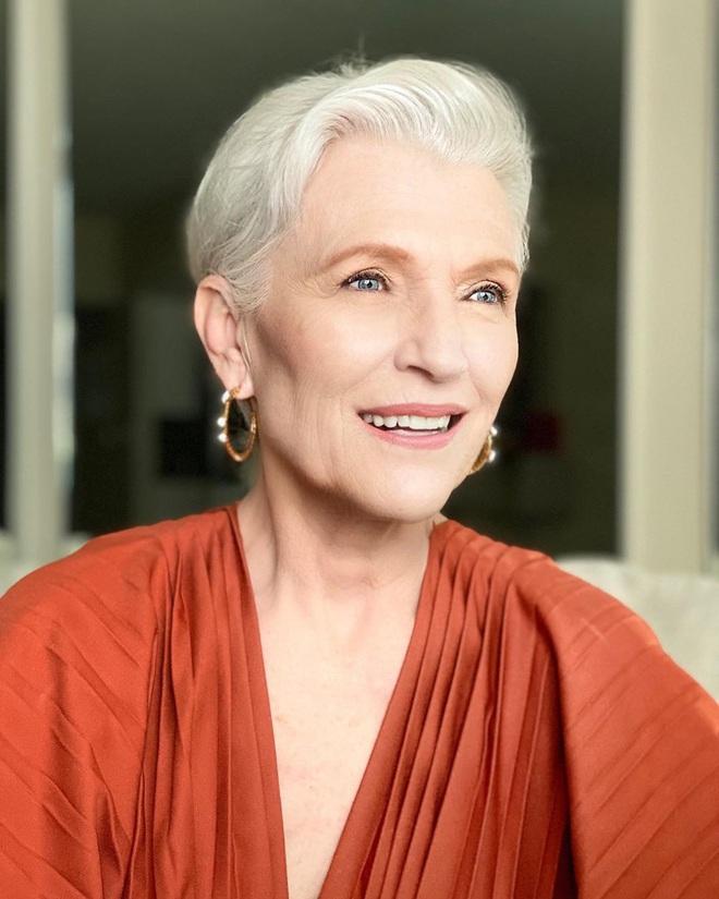 Cụ bà 72 tuổi chia sẻ 3 bước skincare quan trọng nhất cuộc đời: Mới 15 tuổi, tôi đã biết chống nắng từ đầu tới chân - ảnh 4