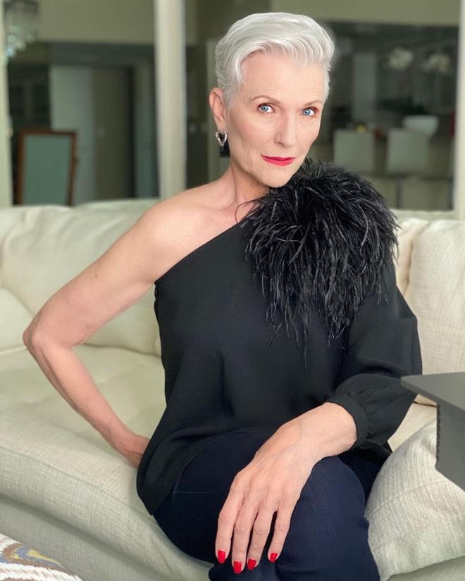 Cụ bà 72 tuổi chia sẻ 3 bước skincare quan trọng nhất cuộc đời: Mới 15 tuổi, tôi đã biết chống nắng từ đầu tới chân - ảnh 9