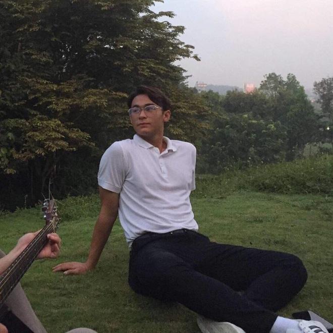 Công tử hào hoa mới của U22 Việt Nam - Tiêu Exal: Thể hình lý tưởng, vẻ ngoài điển trai chẳng kém gì người mẫu - ảnh 10