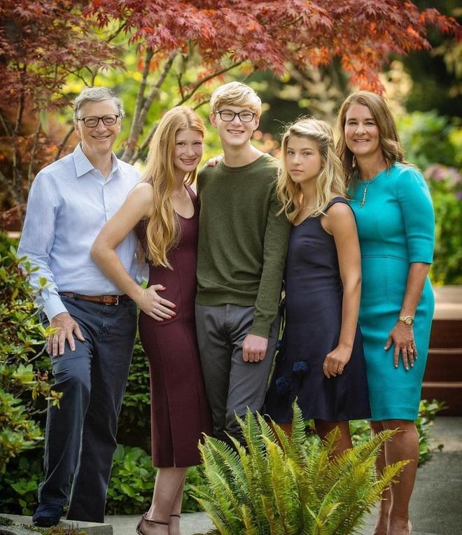 Con gái tỷ phú Bill Gates lần đầu tiết lộ cuộc sống bên trong gia đình tài phiệt của mình: Tôi được sinh ra trong môi trường đầy những đặc quyền - ảnh 3