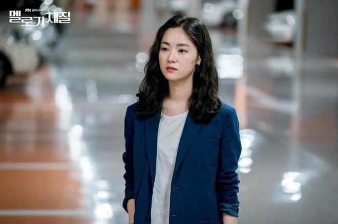 Song Joong Ki bị dụ làm trùm mafia, bén duyên với tình cũ Lee Jun Ki ở dự án phim mới - ảnh 6