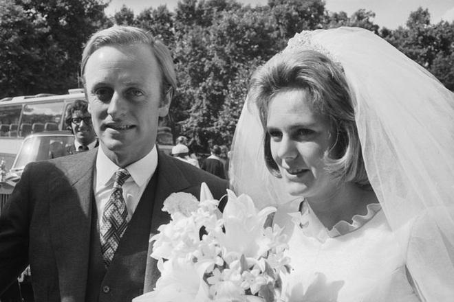 Camilla Parker Bowles: Từ cô tiểu thư sinh ra đã 'ngậm thìa bạc', bà cố là nhân tình khét tiếng của Vua cho đến 'người thứ 3 bị ghét nhất nước Anh' - ảnh 3
