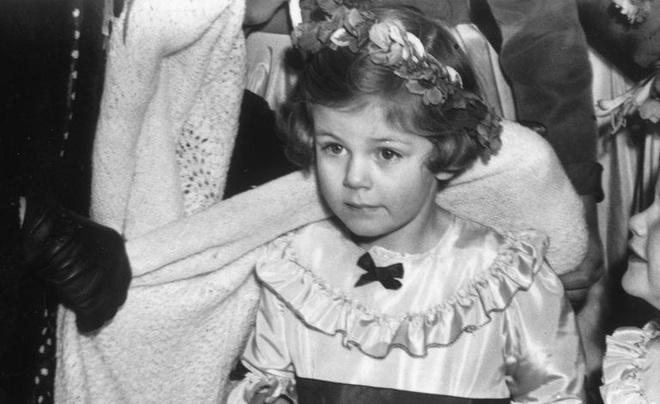 Camilla Parker Bowles: Từ cô tiểu thư sinh ra đã 'ngậm thìa bạc', bà cố là nhân tình khét tiếng của Vua cho đến 'người thứ 3 bị ghét nhất nước Anh' - ảnh 1
