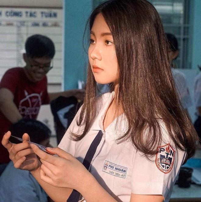 """Soi nhan sắc thật ngoài đời của dàn """"chiến binh"""" tại Hoa hậu Việt Nam 2020: Liệu có còn đáng gờm khi thiếu son phấn? - Ảnh 2."""
