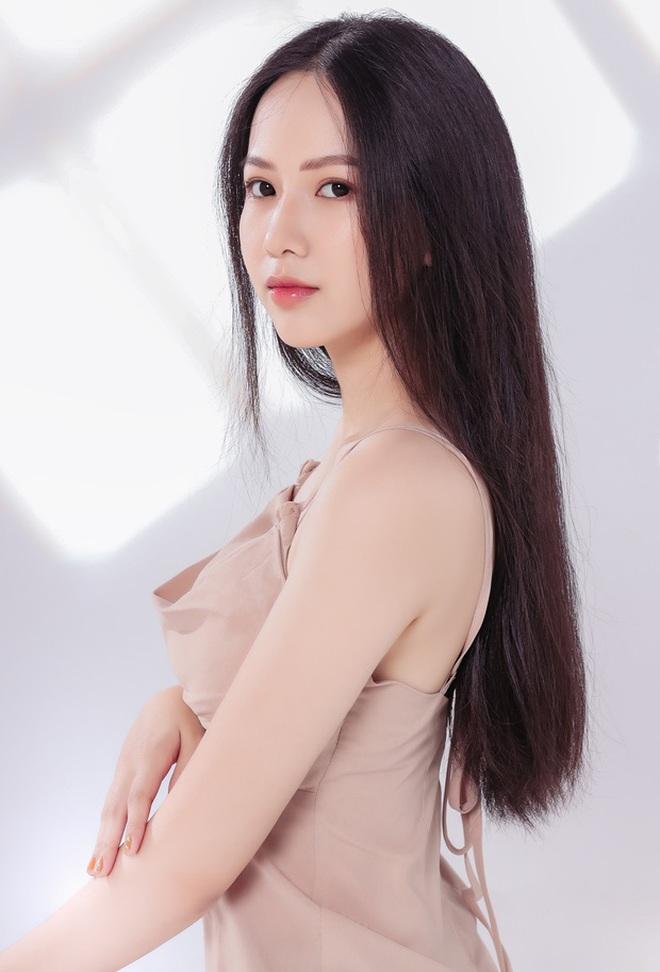 """Soi nhan sắc thật ngoài đời của dàn """"chiến binh"""" tại Hoa hậu Việt Nam 2020: Liệu có còn đáng gờm khi thiếu son phấn? - Ảnh 5."""