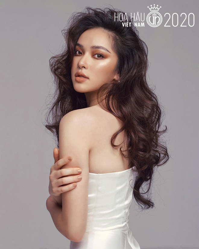"""Soi nhan sắc thật ngoài đời của dàn """"chiến binh"""" tại Hoa hậu Việt Nam 2020: Liệu có còn đáng gờm khi thiếu son phấn? - Ảnh 4."""