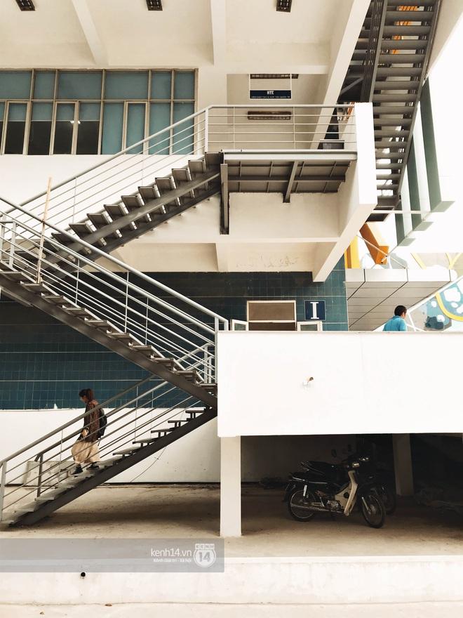 Sơn đủ 7 sắc cầu vồng xanh, đỏ, cam, vàng..., Đại học Kiến trúc Hà Nội xứng danh ngôi trường màu mè nhất Việt Nam! - ảnh 11