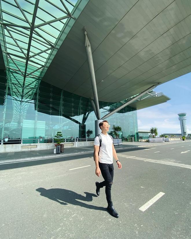 Trai đẹp lên tiếng khi bị dân mạng ném đá vì đứng trên băng chuyền vận chuyển hành lý ở sân bay để quay clip tiktok - ảnh 4