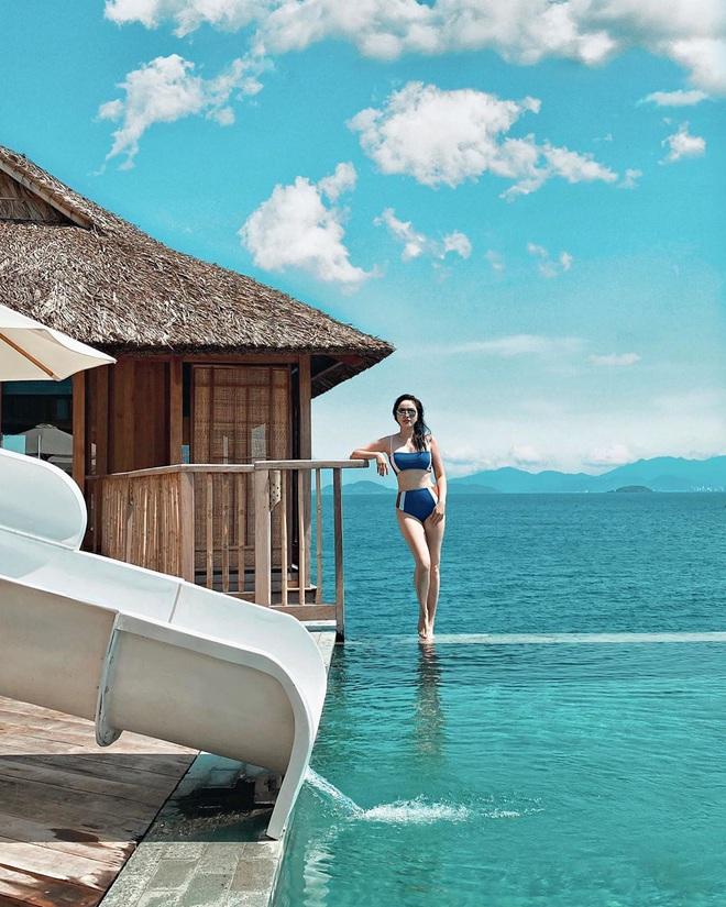 Một vùng biển Việt Nam đang được Bảo Thy, Hà Hồ, Tóc Tiên và loạt người nổi tiếng check-in: Đích thị là điểm đến hot nhất 2020 rồi! - Ảnh 1.