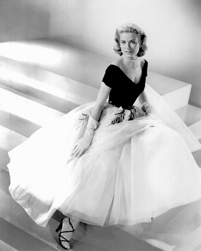 Cuộc đời đầy thăng trầm của Đệ nhất phu nhân xinh đẹp Monaco: Từ bỏ Hollywood để trở thành công nương hoàng gia, qua đời trong một vụ tai nạn bí ẩn - ảnh 3