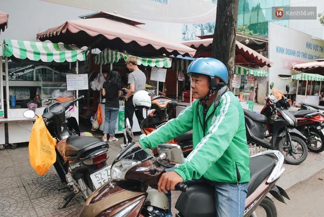 Phố hàng rong hợp pháp đầu tiên ở Sài Gòn hiện giờ ra sao sau gần 3 năm hoạt động? - ảnh 14