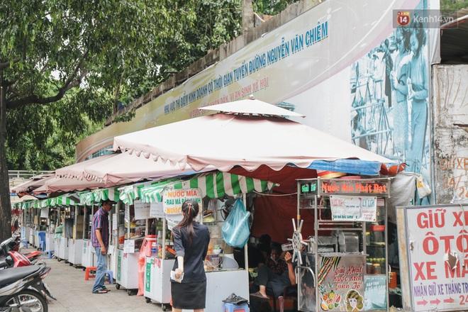 Phố hàng rong hợp pháp đầu tiên ở Sài Gòn hiện giờ ra sao sau gần 3 năm hoạt động? - ảnh 3