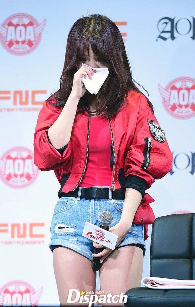 """AOA toàn phốt căng: Seolhyun bị """"tóm sống"""" ảnh hẹn hò phản cảm, Jimin dính bê bối bắt nạt, Mina cũng không thoát scandal - ảnh 10"""